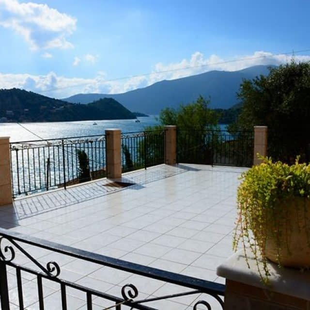 Rooms To Let | Ithaca-Kefalonia | Sea view apartments