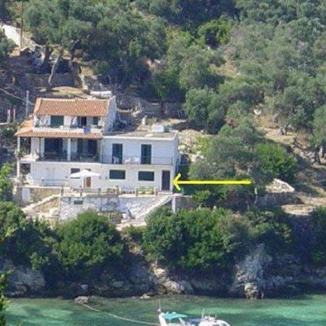 Rooms To Let   Paxoi-Corfu   White House