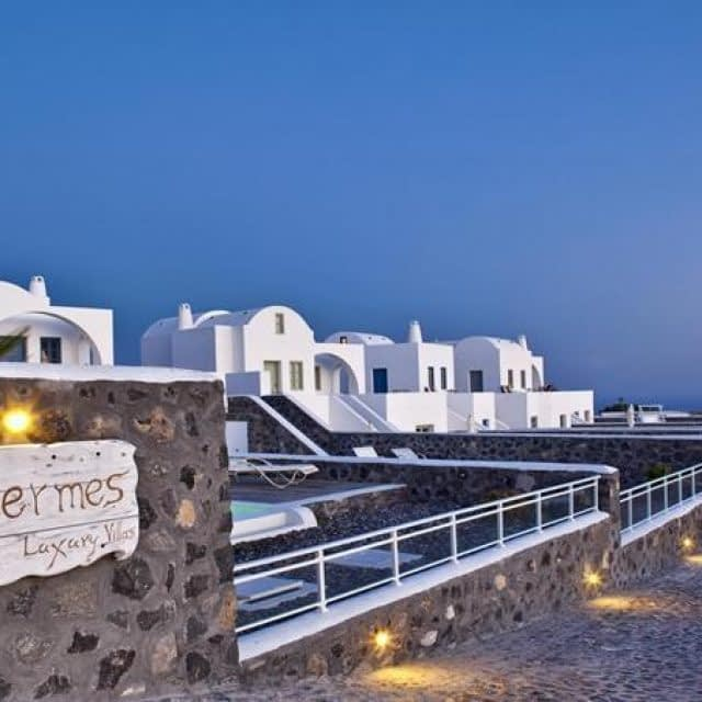 Hotel – Exclusive Suites | Thermes Villas | Santorini